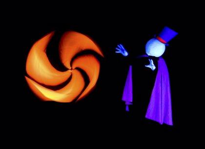 Teatro Brújula de Papel presenta en la capital su primer espectáculo 'Dulces Sueños'