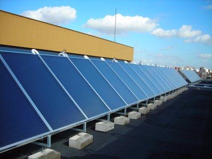 """Empresarios prevén inversiones atomizadas y fotovoltaicas de menor tamaño en 2011, """"pero sin incertidumbres"""""""