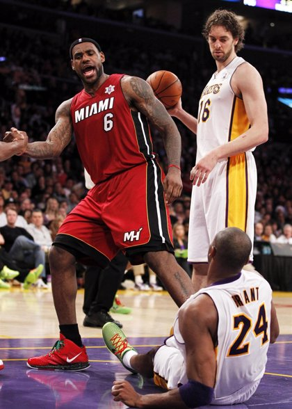 Miami Heat anula a los Lakers de Gasol