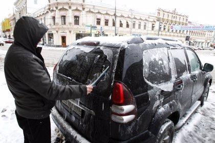 Las intensas nevadas dejan sin energía a Moscú
