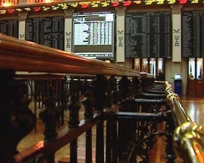Economía/Bolsa.- El Ibex 35 sube un 0,77% en la apertura de la sesión y se acerca de nuevo a los 10.000 puntos