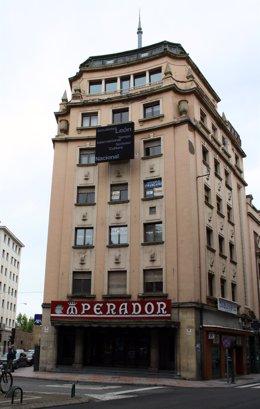 Teatro Emperador, en León.