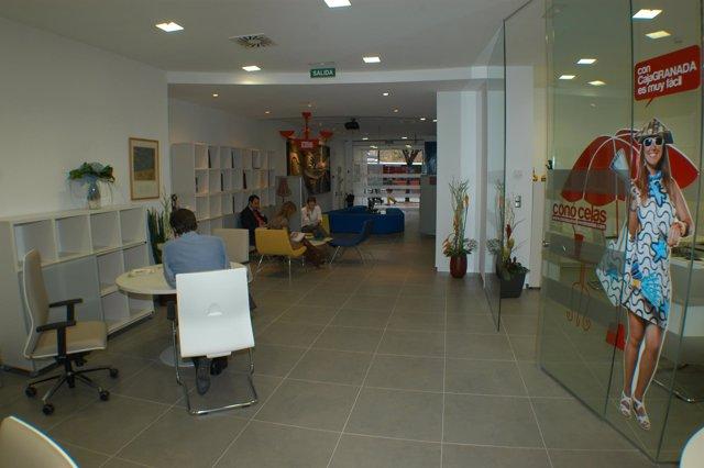 CajaGranada abre un centro especializado en servicios inmobiliarios en la capita
