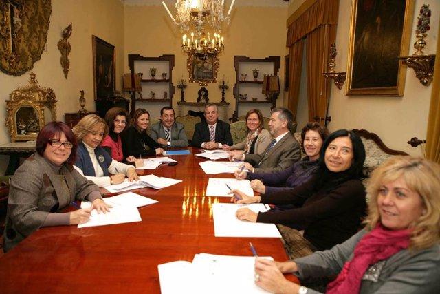 La Diputación de Jaén firma un convenio de continuidad con el resto de administr