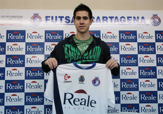 Bebe, jugador del Reale Cartagena