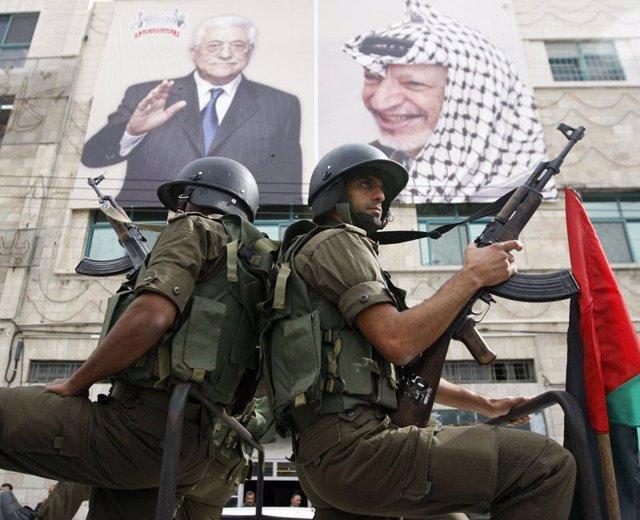 Militantes de Al Fatah durante una manifestación