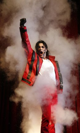 Musical 'Forever, king of pop'