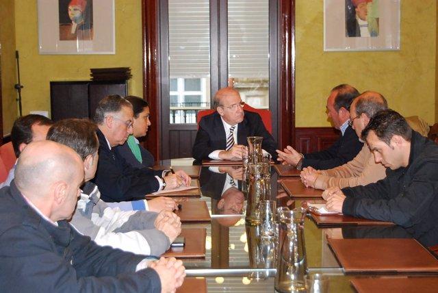 Nota De Prensa Y Fotos Reunión Alcalde Con Foret