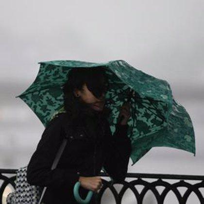 Las provincias de Cádiz y Sevilla permanecen en alerta amarilla este viernes por riesgo de fuertes lluvias