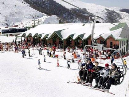 Valdezcaray abre con 6,5 kilómetros esquiables en 11 pistas y calidad de nieve húmeda