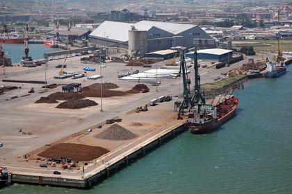 El puerto de Santander incrementó el tráfico de chatarra un 27% el primer semestre, el segundo con más aumento