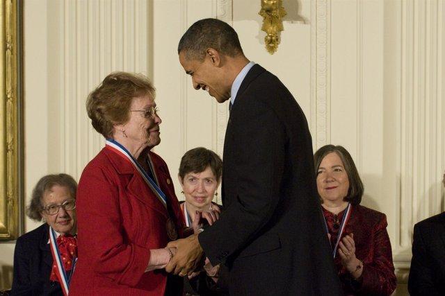 Helen Free con Barack Obama