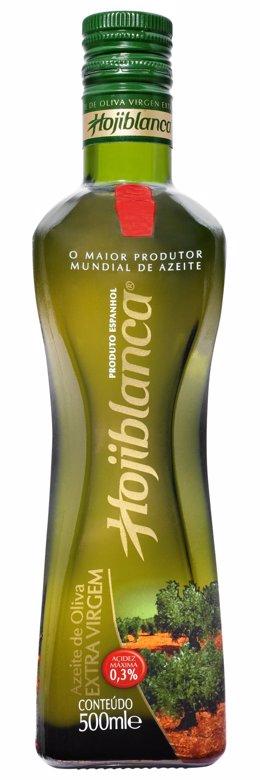 Etiquetado especial de botellas de aceite de oliva de Hojiblanca para su distrib