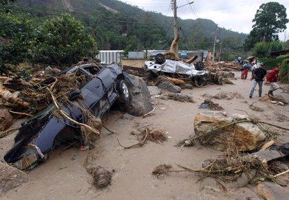Aumenta a 601 el número de muertos por las lluvias en Río de Janeiro