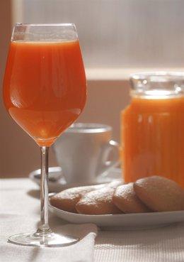 Copa de zumo en desayuno
