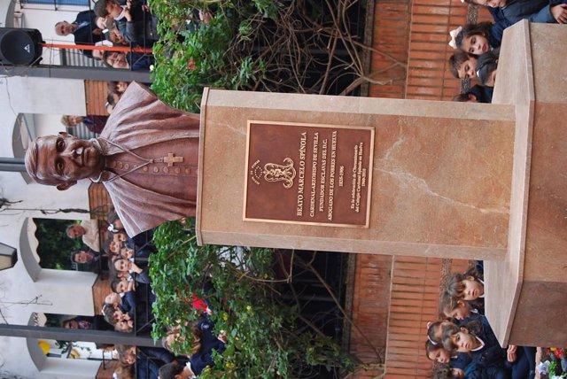 Inauguración del busto de Marcelo Spínola