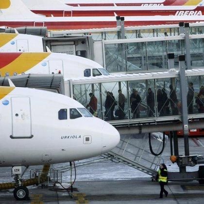 El Salvador quiere que Iberia eleve sus frecuencias a la capital a un vuelo diario