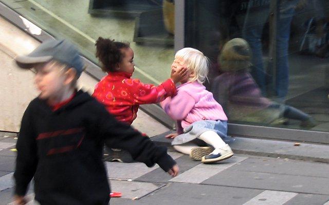 niño, niños, niña, niñas, recurso, pegar, bofetada