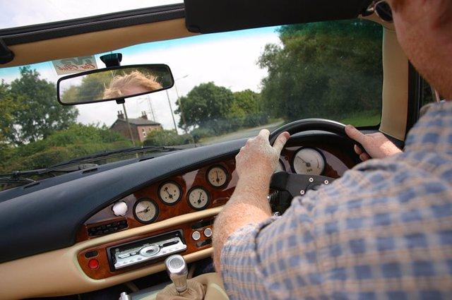 Conductor, carretera, seguridad vial