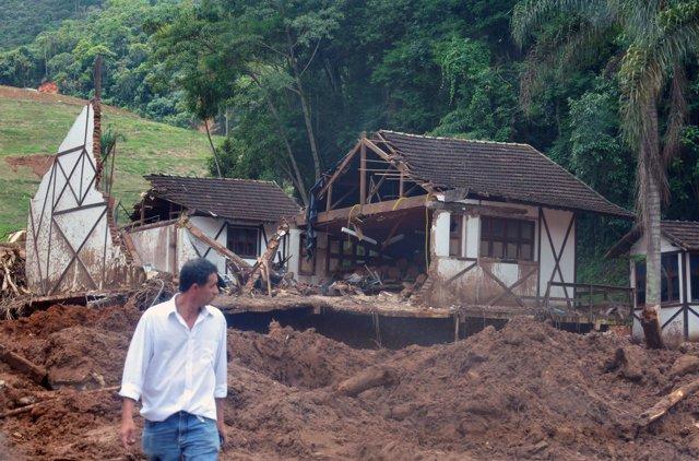 Las lluvias en el estado de Río de Janeiro dejan pérdidas millonarias en infraes