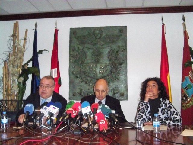 Roldofo Ares durante una rueda de prensa en Barakaldo