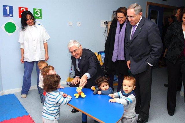 El presidente Barreda en la inauguración de la Escuela Infantil