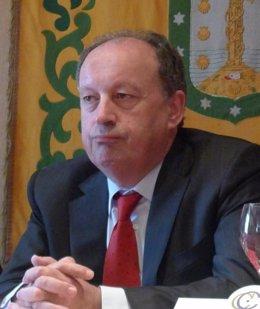 Antón Louro