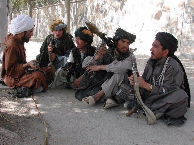 Milicianos taliban