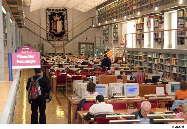 sala de estudio de la Biblioteca de Castilla-La Mancha
