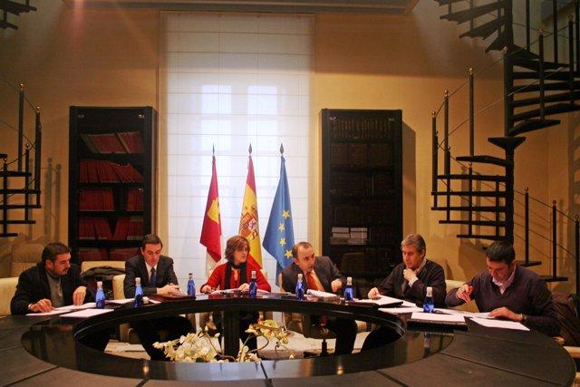 Reunión de la Mesa de Seguimiento del Pacto