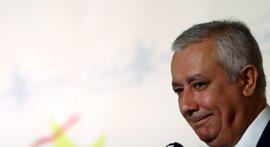 """Arenas critica que Griñán no le haya llamado nunca para hablar sobre cajas y que Zapatero y Rajoy hablen """"cada semana"""""""