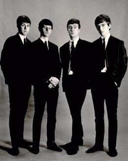The Beatles: Paul Mccartney, Ringo Starr, John Lennon Y George Harrison
