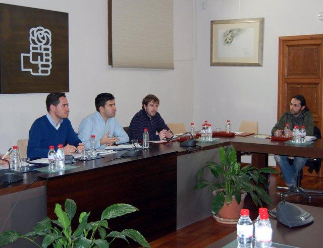 PSOE De Andalucía: Nota Y Fotos Reunión Con Asociaciones