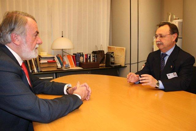 Mayor Oreja, en Bruselas, con Juan Jesús Vivas, presidente de Ceuta