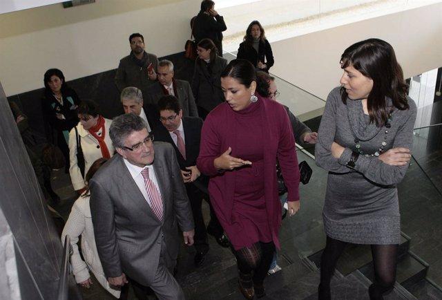 Pizarro visita los nuevos juzgados de Morón.