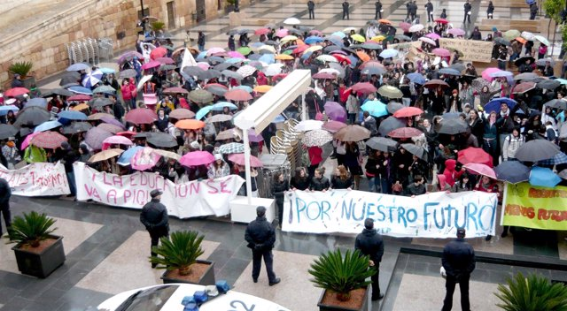 Reivindicaciones de los estudiantes de Secundaria en Lorca