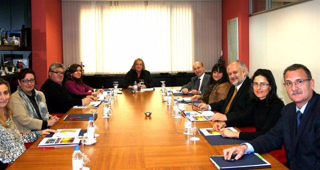 Juste durante la reunión con  representantes del sector turístico de la Comunita