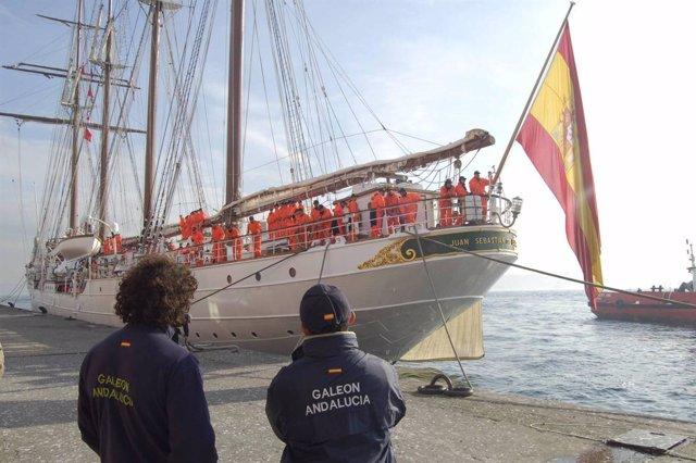 El Galeón Andalucía despide al buque escuela de la Armada Española en Estambul