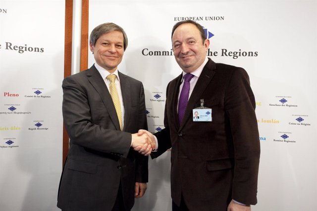 20110127 - Bruselas (BZlgica) - Pedro Sanz, presidente de La Rioja, participa en