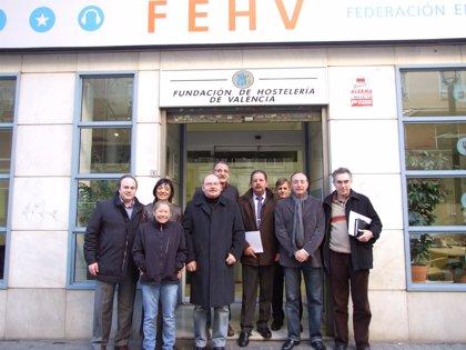 Hosteleros se concentrarán el día 7 ante Delegación de Gobierno y el 21 en Madrid