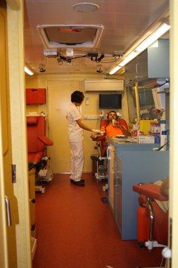 Unidad Móvil Para Donar Sangre
