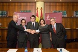 Firma de un convenio de colaboración entre el 112 y las empresas Iberdrola, Reps