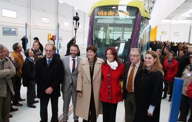 Presentación de la primera unidad del tranvía de Jaén