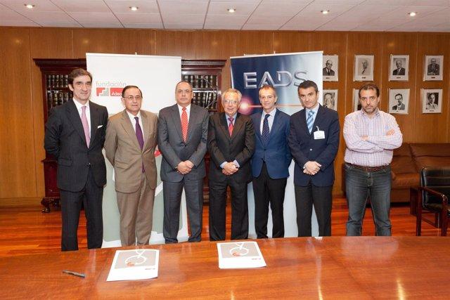 Firma del convenio entre Fundación Adecco y EADS