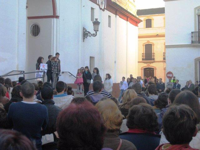Manifestación en Olivares por la muerte de Silvia Reyes.