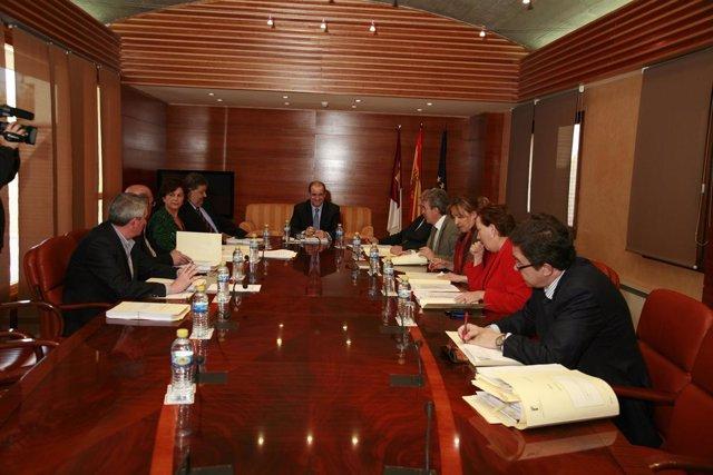 Reunión de la Junta de Portavoces y Mesa de las Cortes de Castilla-La Mancha