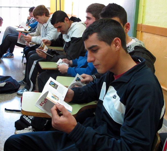 """NOTA PRESS """"FUNDACIÓN CAJAMAR LANZA UN PROGRAMA PIONERO SOBRE EDUCACIÓN FINANCIE"""