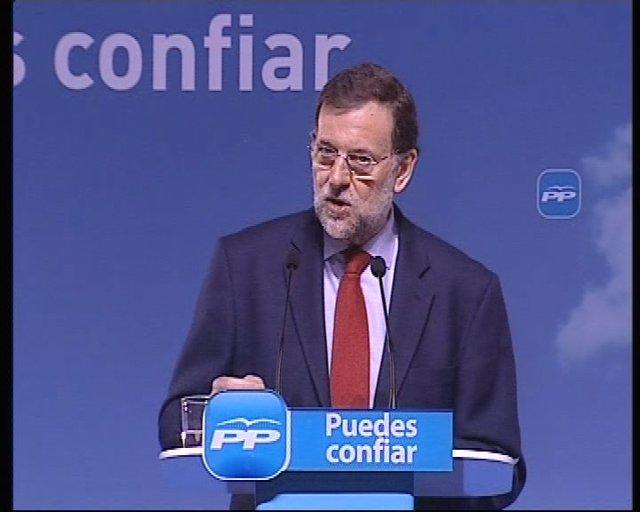Rajoy pide explicaciones a Zapatero