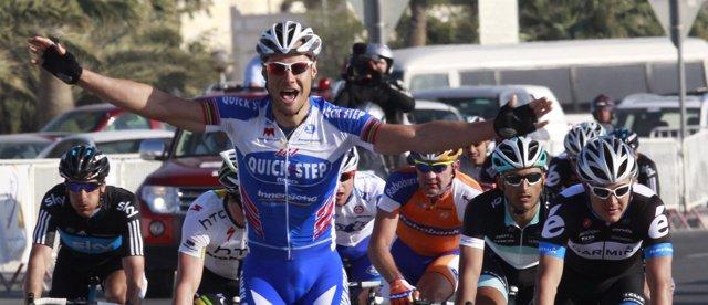 Boonen se impuso en la primera etapa del Tour de Qatar