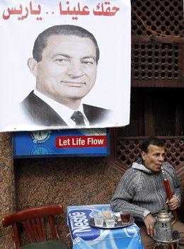 Imagen de Hosni Mubarak en El Cairo